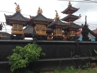Hindu temple on the main street of Lembongan village