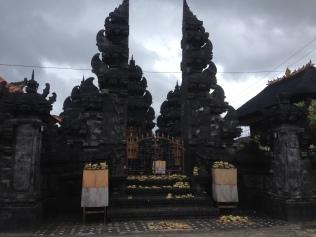 Hindu temple on the main road of Lembongan village