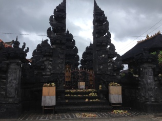 Hindu temple on the main road of Lembongan village