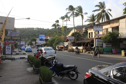 Senggigi, main road