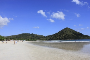 One of many beaches around Kuta (Lombok)